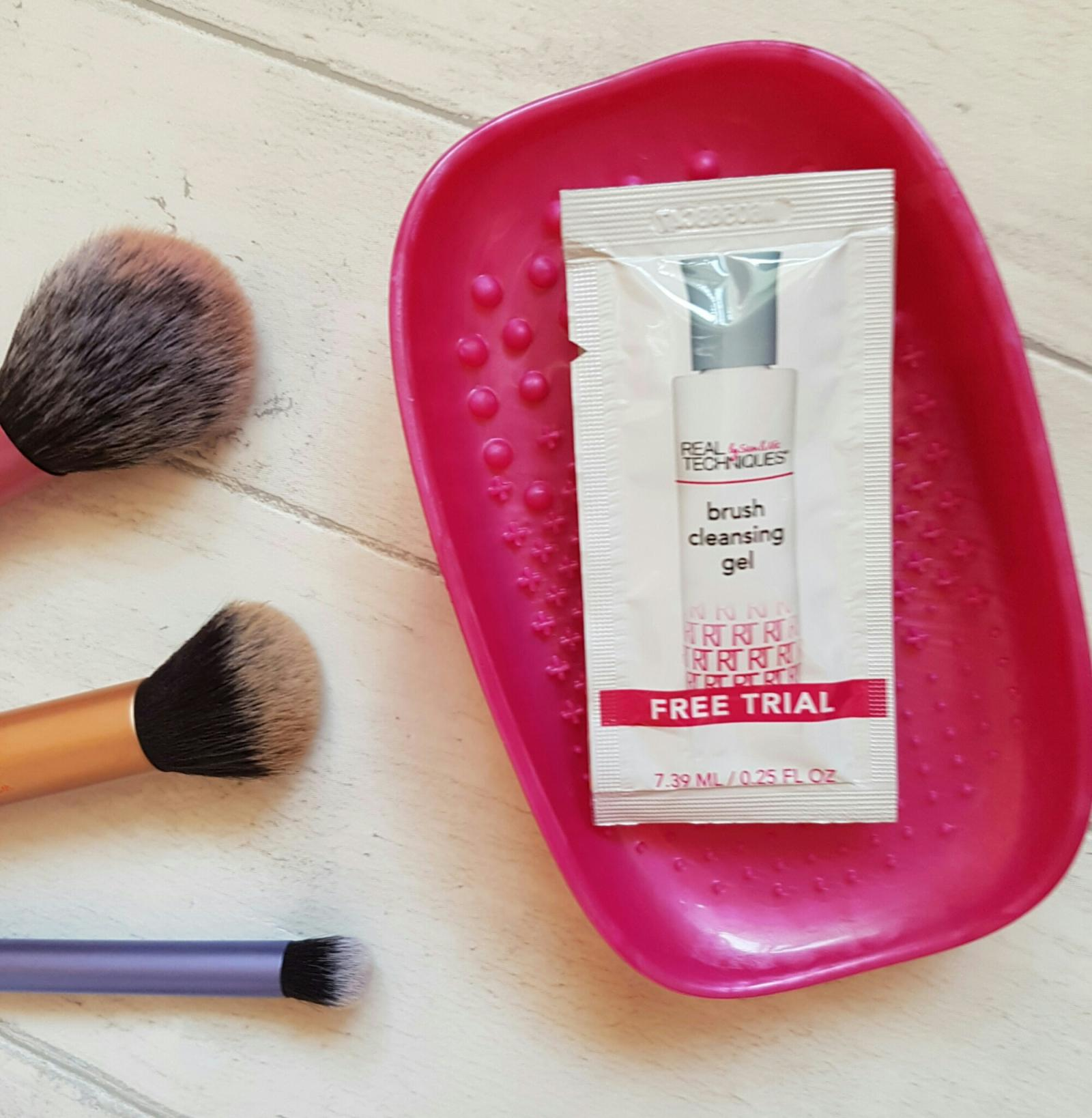 real techniques brush cleansing palette brush cleansing gel