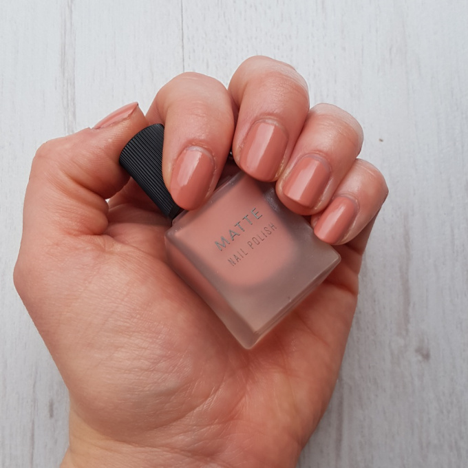 New look matte polish swatch