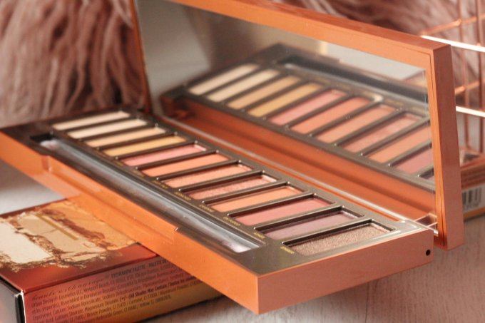 Naked Heat Palette Review.jpeg