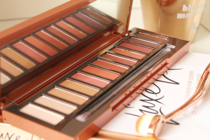 Turning up the heat | Urban Decay Naked Heat Palette Review and Swatches