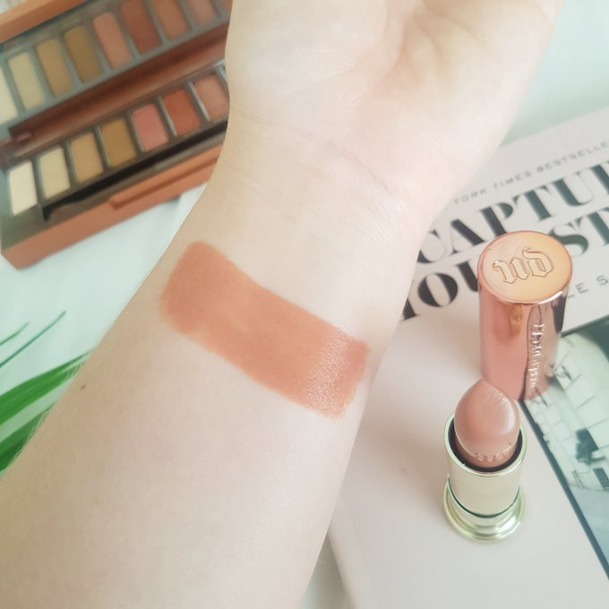 Urban Decay Vice Heat Fuel Swatch