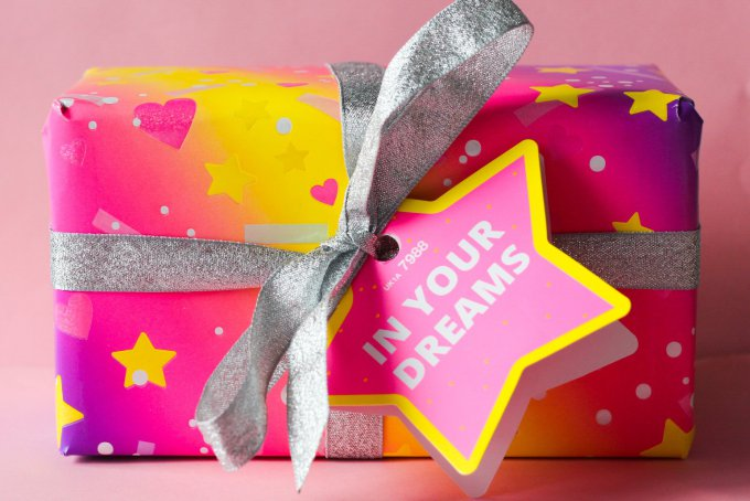 Valentines Day Gift Guide For Her Lush In Your Dreams Set.jpg