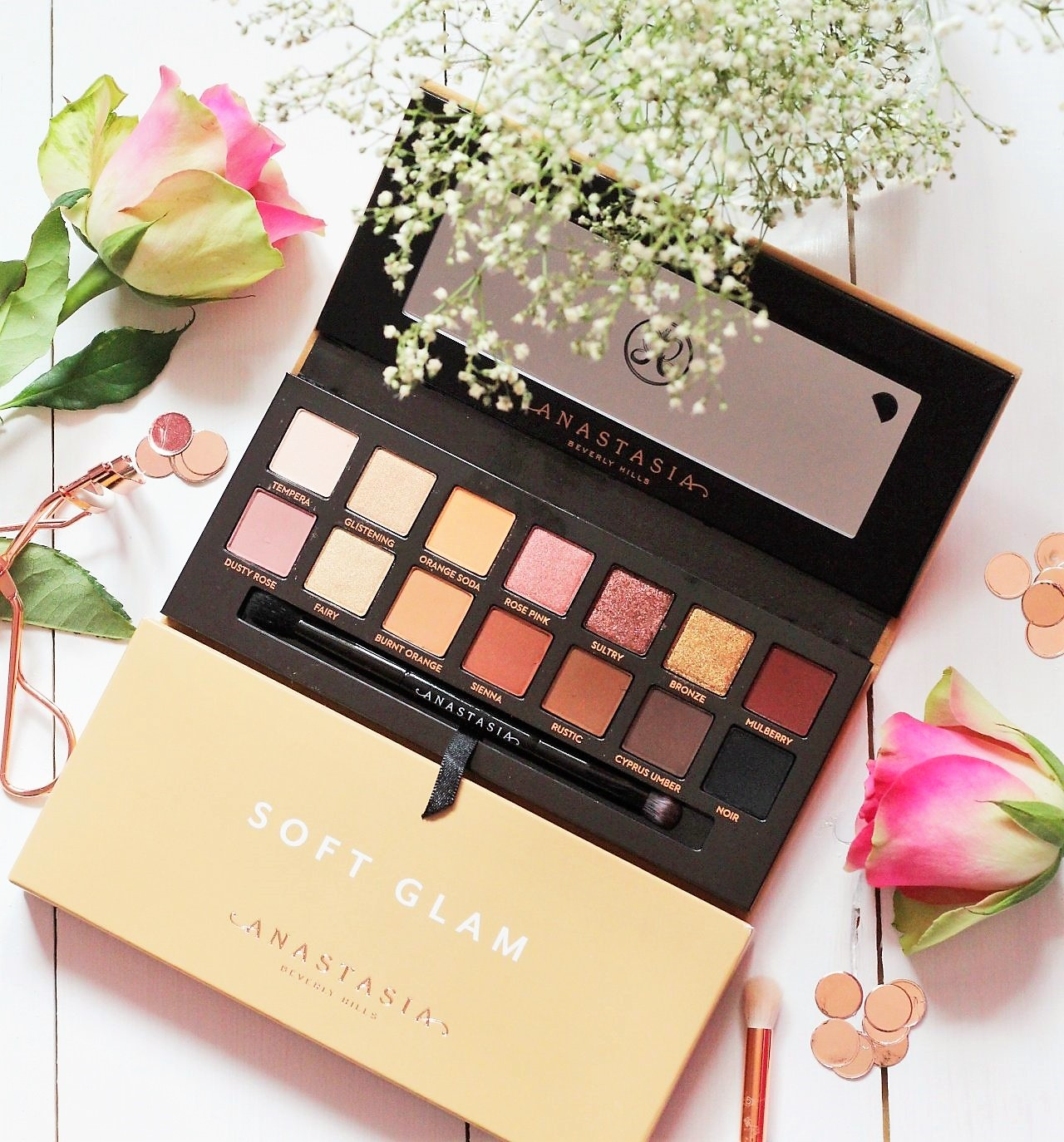 Anastasia Beverly Hills Soft Glam Eyeshadow Palette Review and Swatches 9 (2).jpeg