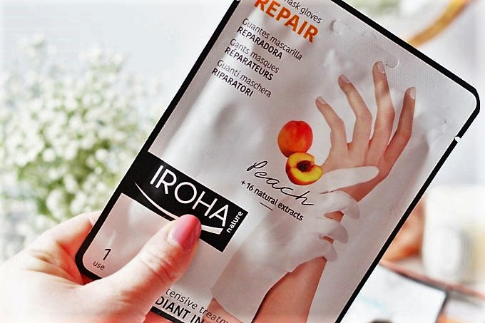 Iroha Winter Masks Review Hand Repair Mask (2).jpeg