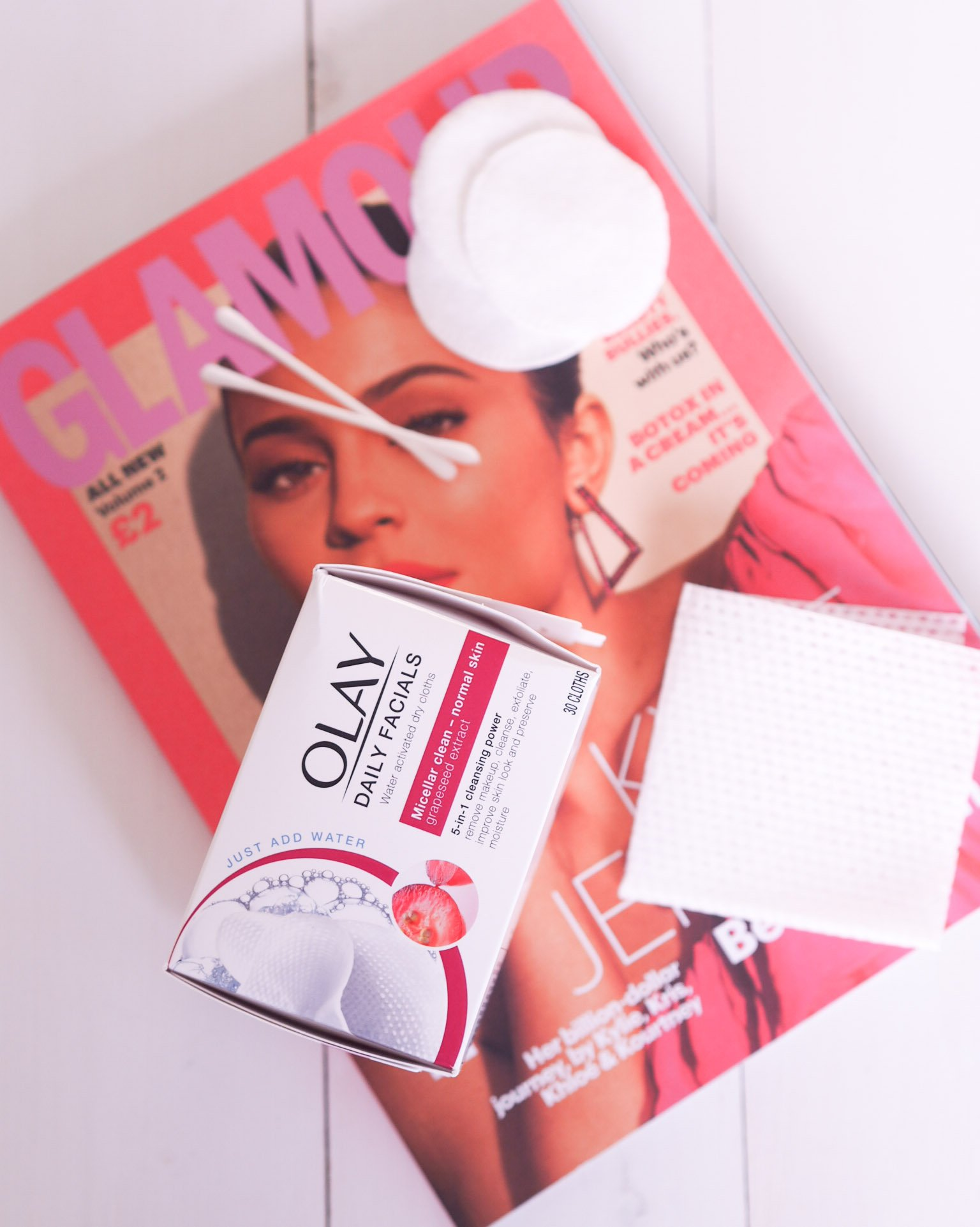 Olay Daily Facials 5-in1 Dry Cloths Review