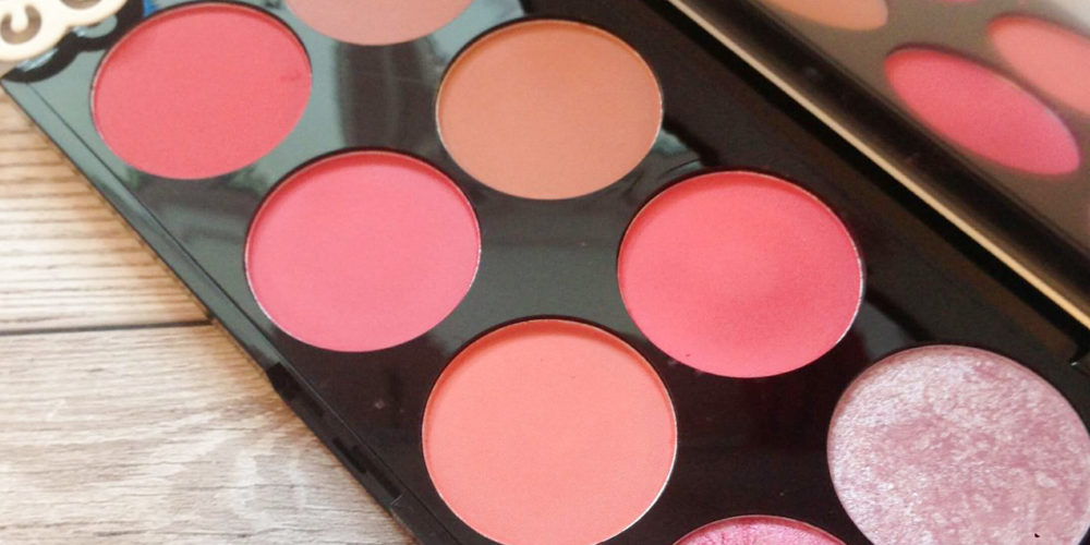 Makeup Revolution Sugar and Spice Blush Palette