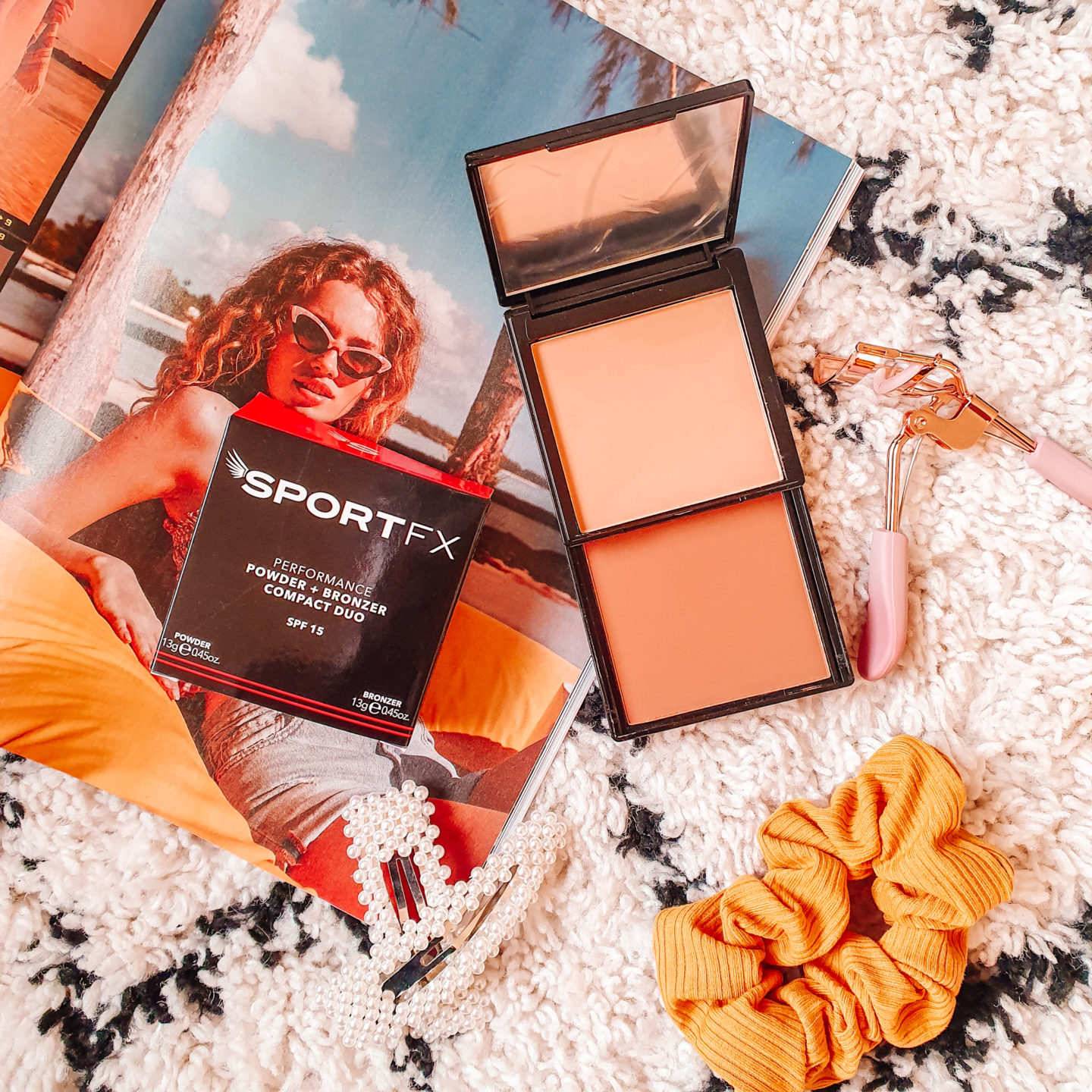 SportFX Performance Powder and Bronzer Compact Duo Light