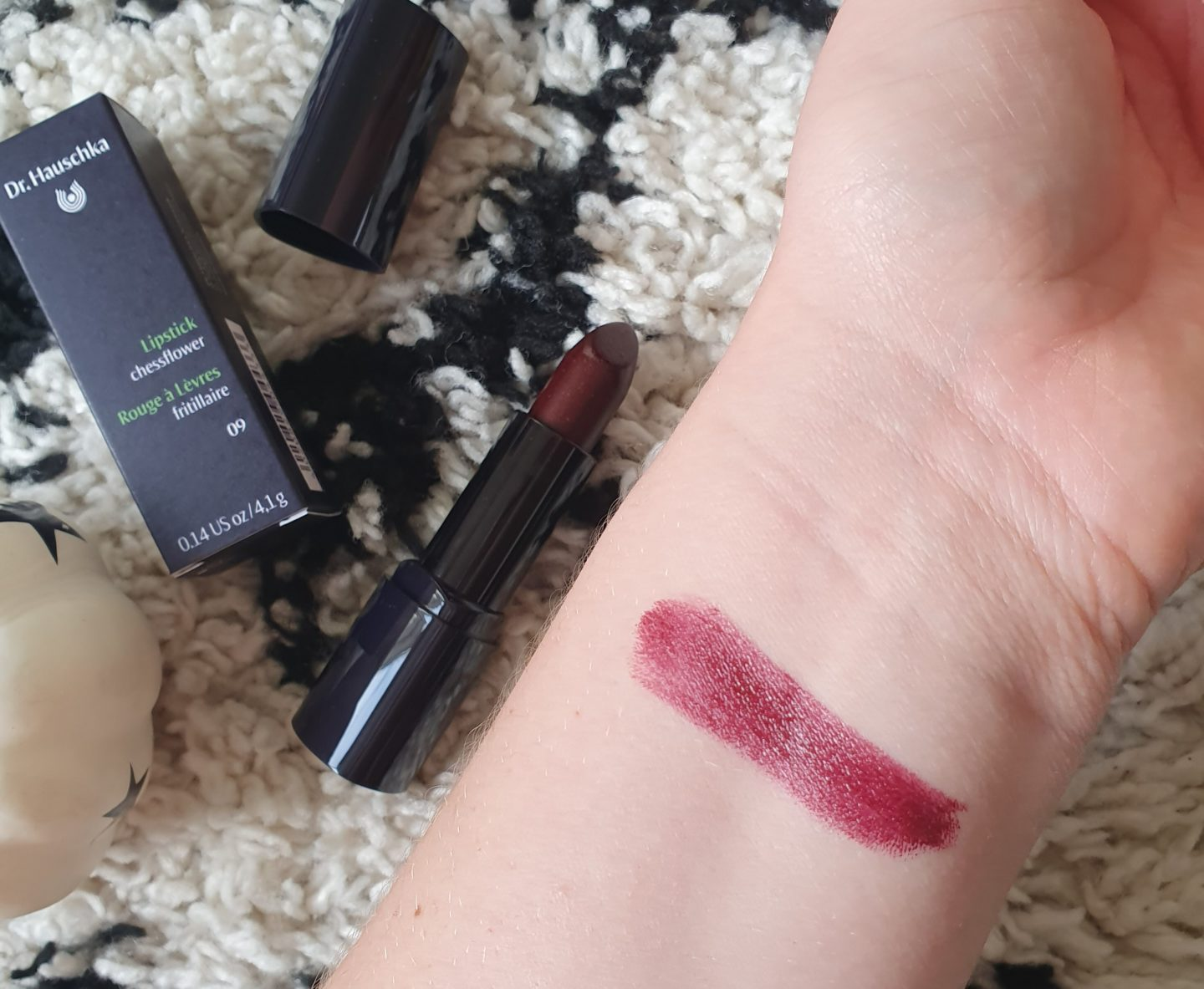 Dr Hauschka Lipstick in shade Chessflower swatch
