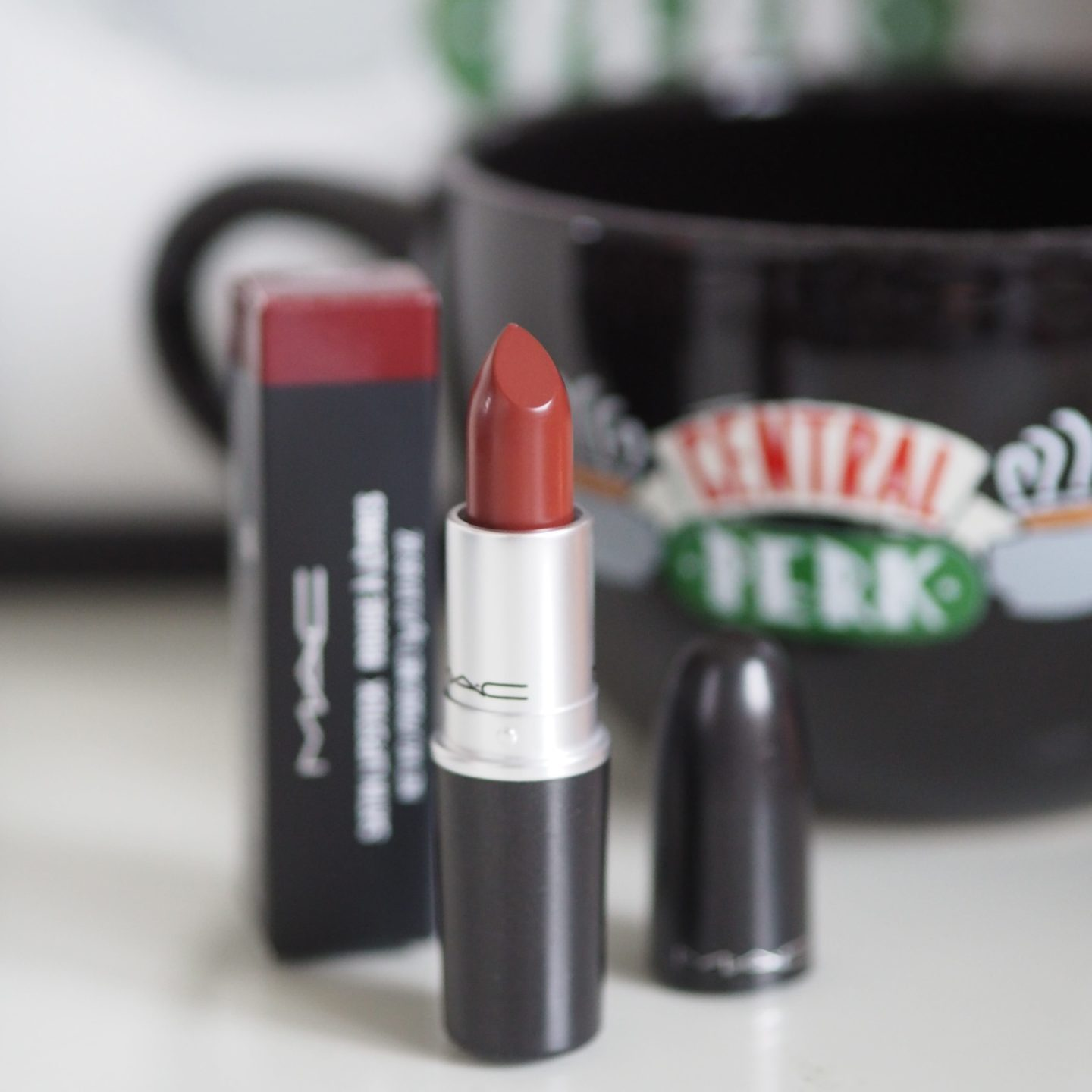 Lipstick Rachel Green wore in Friends MAC Paramount