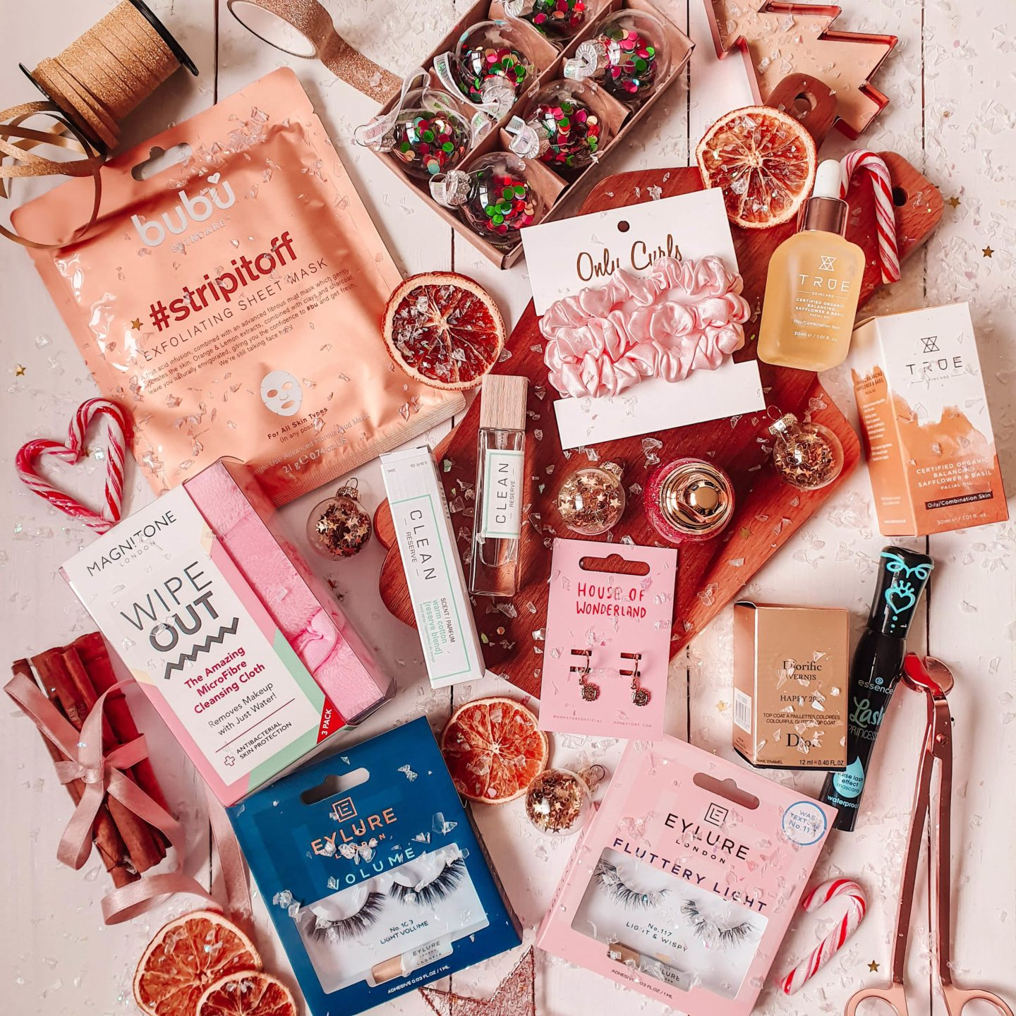 Stocking Filler Gift Guide for Her 2019