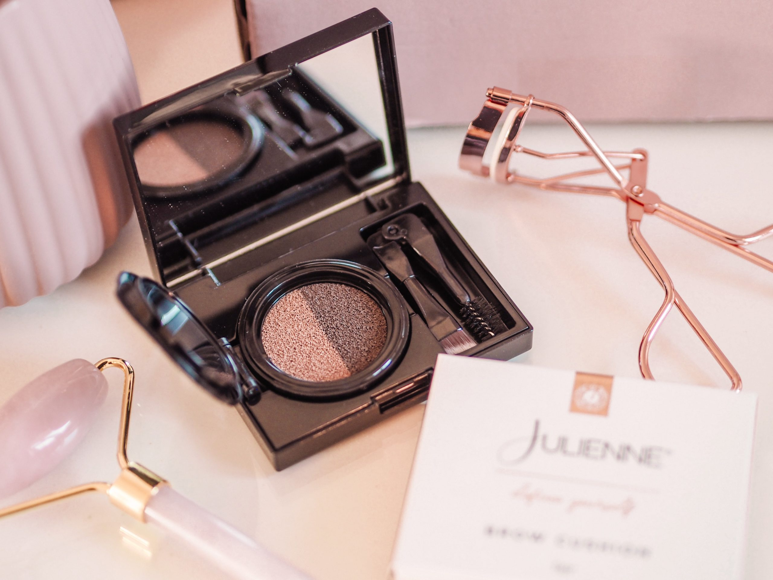 My Julienne Brow Cushion