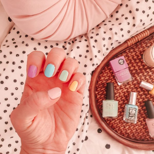 Easy rainbow manicure at home