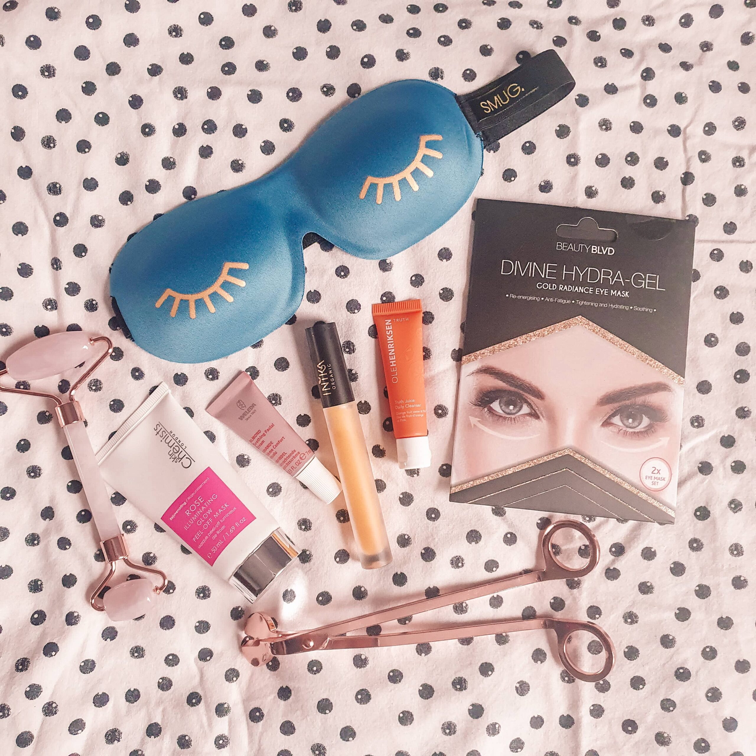 Latest in Beauty January Beauty Saviours Box